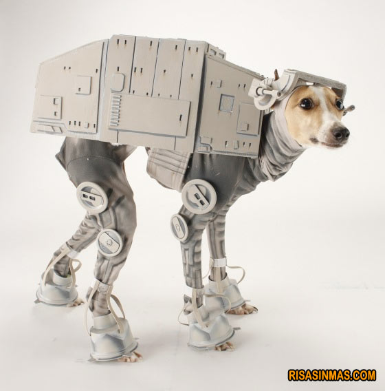 Disfraces perrunos: perro AT AT de Star Wars
