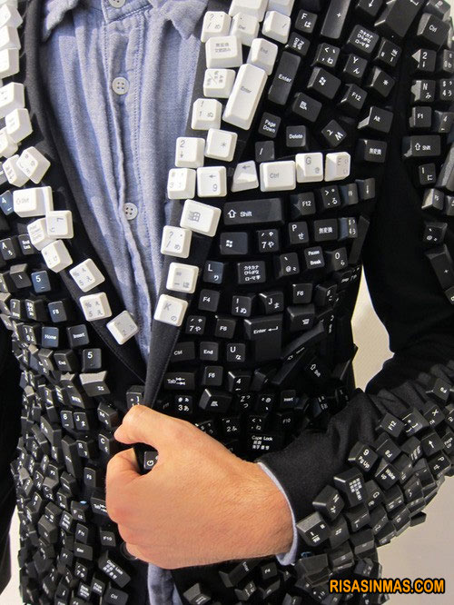 Traje-teclado