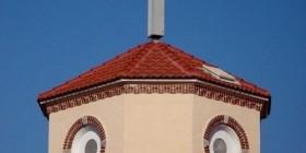 La iglesia-gallina