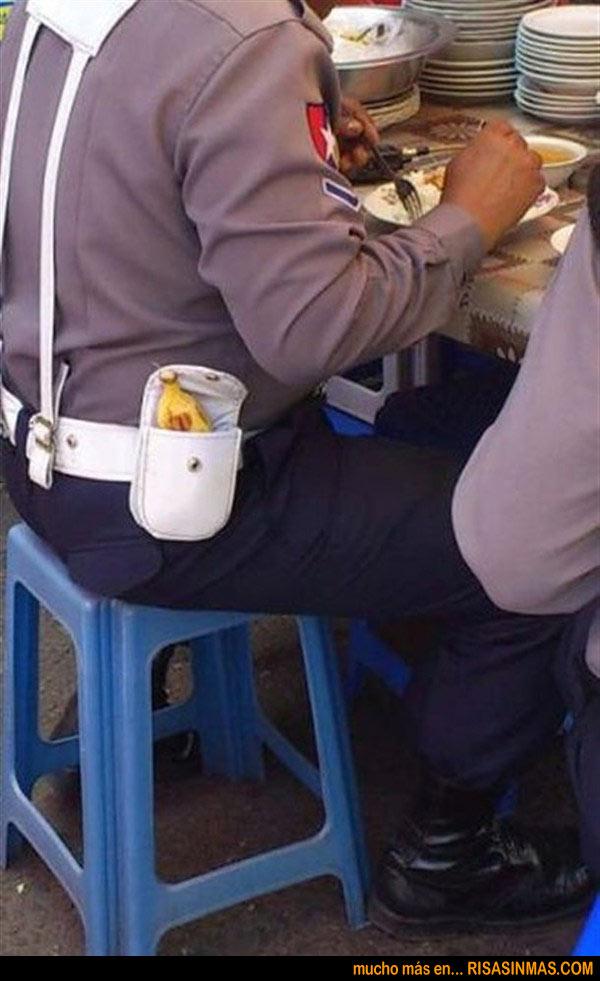 La autoridad del señor policía