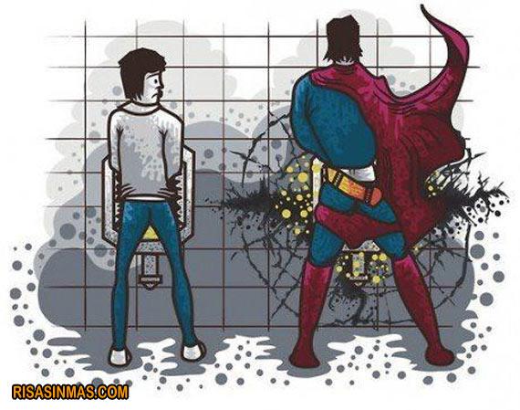 Superman en el urinario
