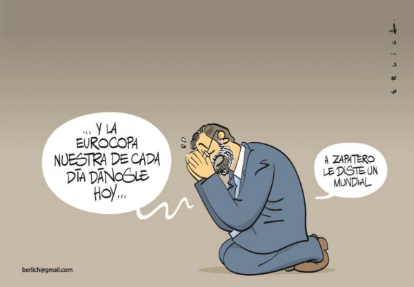 Rajoy rezando