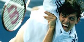 Se busca exorcista para partido de tenis