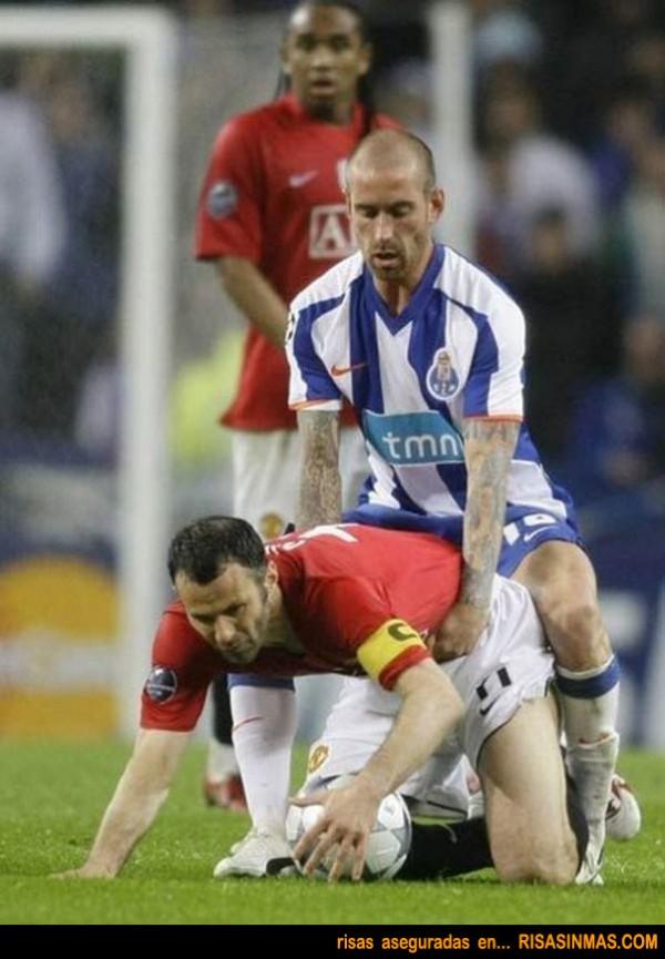 ... compañerismo entre futbolistas de distintos equipos ¿No os parece