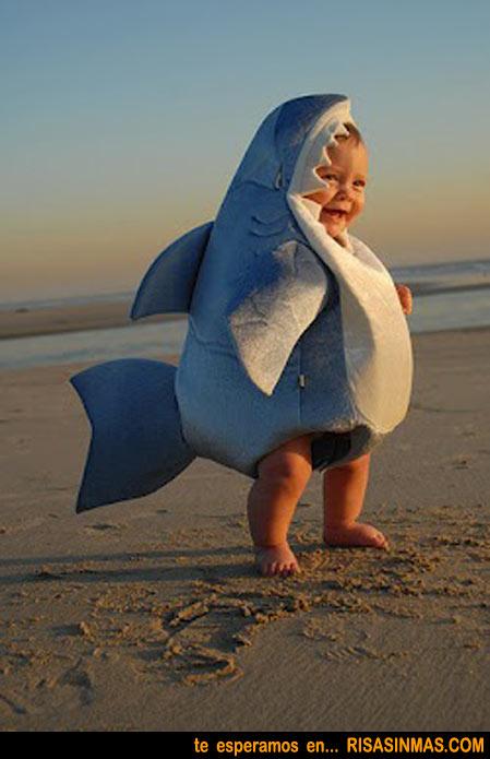 Disfraz tiburón de bebé