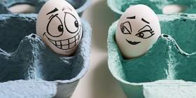Huevos ligando