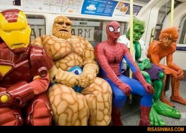 ¿Quién dijo que el metro es aburrido?