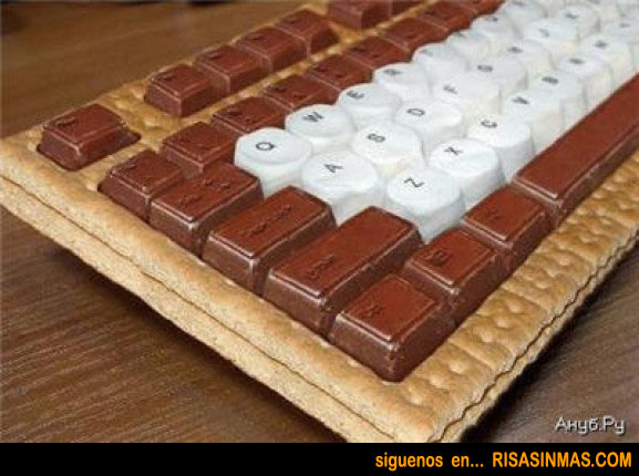 Teclado de galleta y chocolate