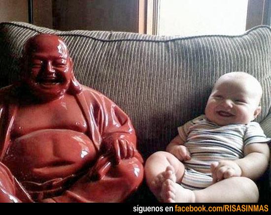 Parecidos razonables: Buda y bebé