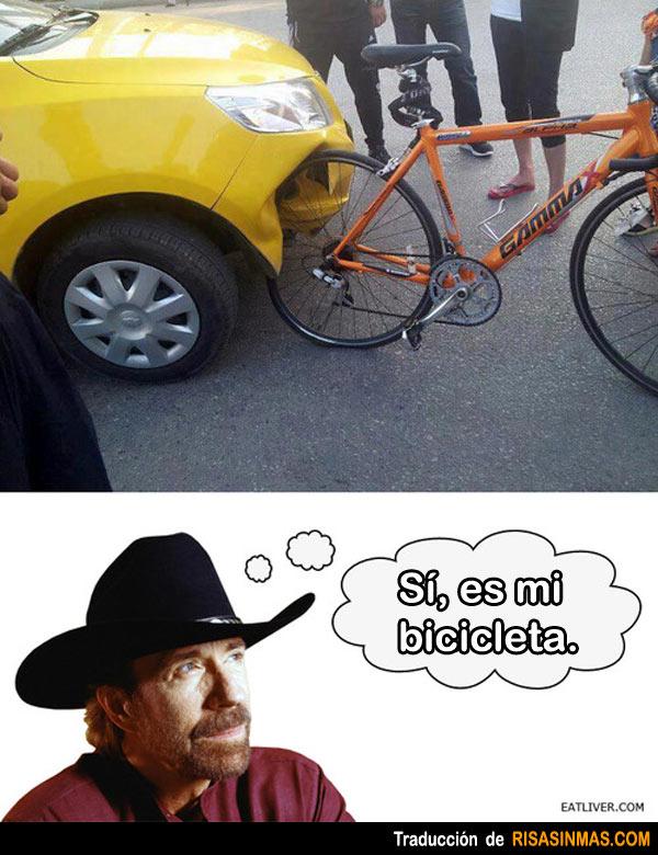 Accidente con la bicicleta de Chuck Norris