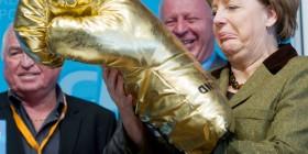 Angela Merkel antes de liarla con Chipre