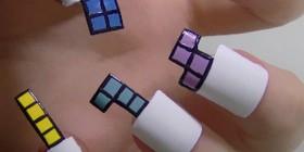 Las uñas perfectas de una fan de Tetris