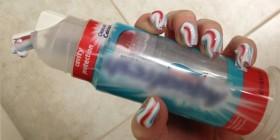 Esmaltado de uñas con dentífrico