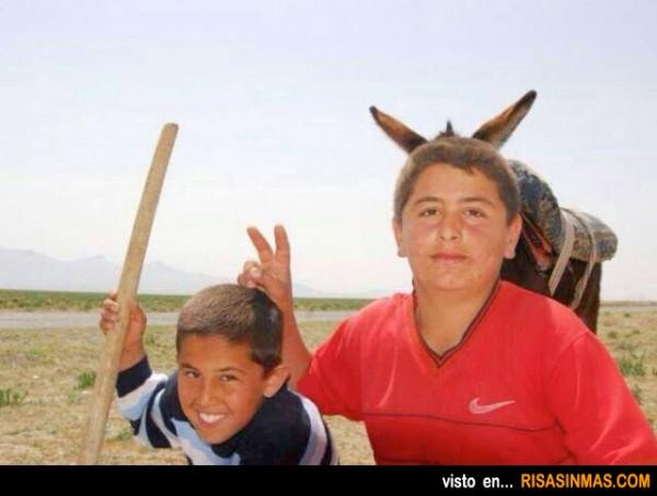 La broma de las orejas de burro