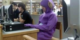 Los Teletubbies también van a la biblioteca