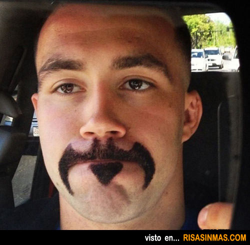 Bigotes originales: Batman