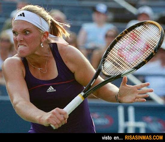 Caras de deportistas: Tenista concentrada
