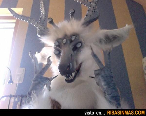 Disfraces para Halloween: Cabra-pulpo-araña-dragón