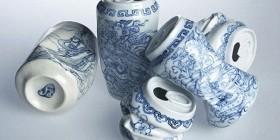 Latas vacías de porcelana