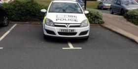 La policía dando ejemplo