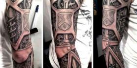 ¿Tatuaje original u horrible?