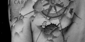 Tatuajes increíbles: mapa bajo la piel