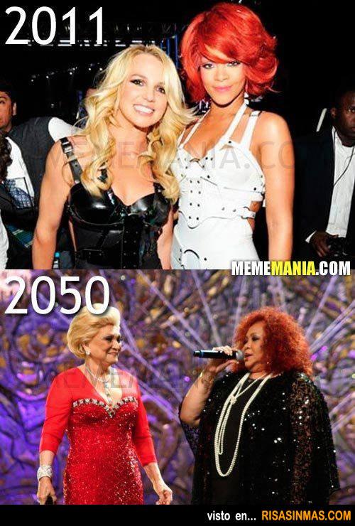 Britney Spears y Rihanna en el año 2050