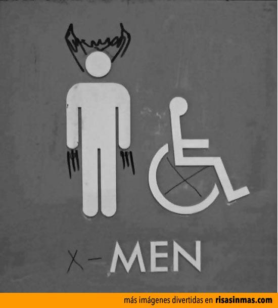 Cartel de WC transformado en X-Men