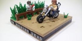 Daryl Dixon en su moto en The Walking Dead hecho con LEGO