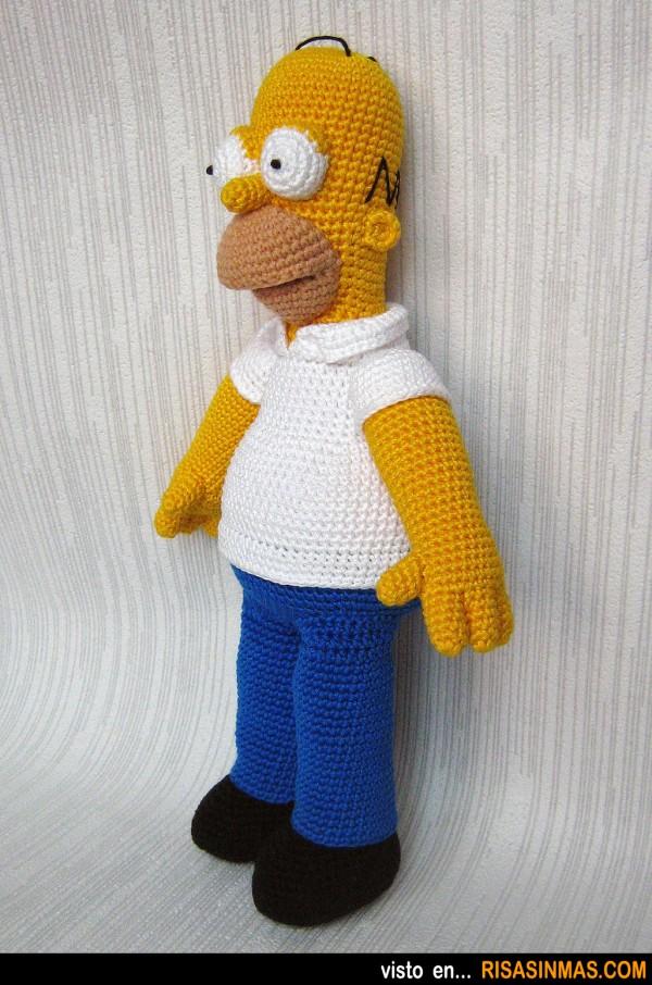 Homer Simpson versión Amigurumi