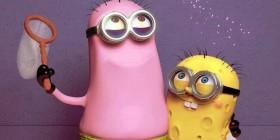 Los Minions disfrazados de Patricio y Bob Esponja