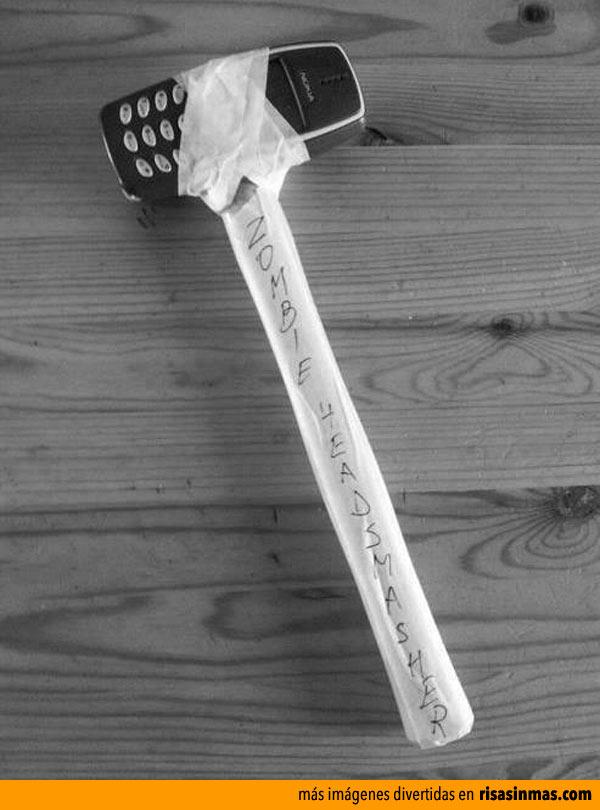 Nokia 3310, la mejor arma contra los zombies