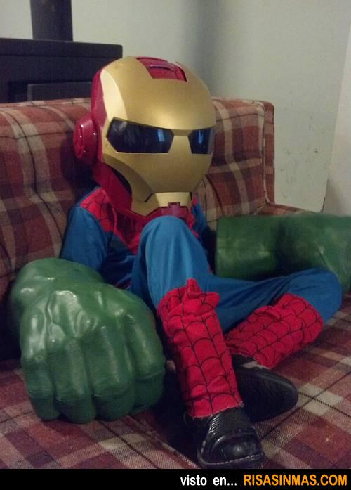 Niño que no sabe que superhéroe elegir