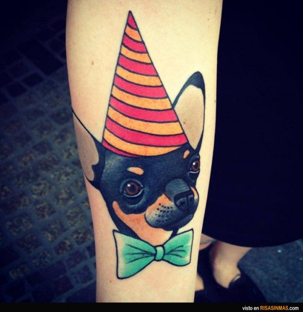 Un divertido tatuaje de tu perrete