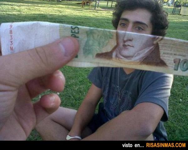 Te pareces al que aparece en los billetes