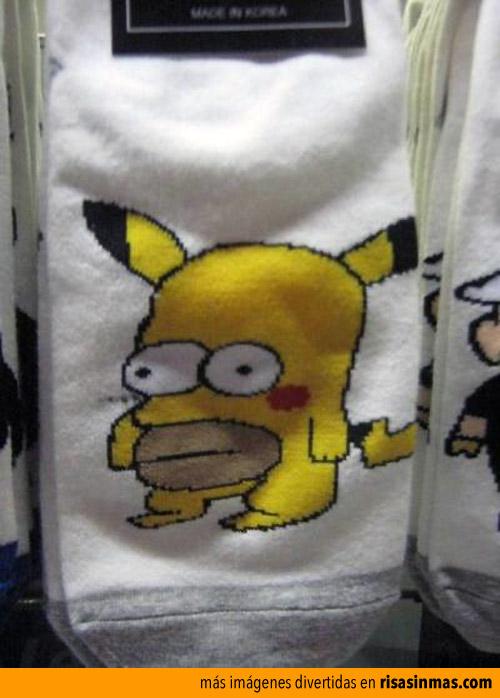 Calcetines de pikachu-homer