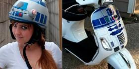 Casco y moto modelo R2-D2