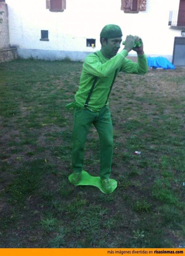 Disfraces caseros: Soldadito de plástico