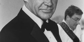 El arruina fotos estropea el retrato de James Bond