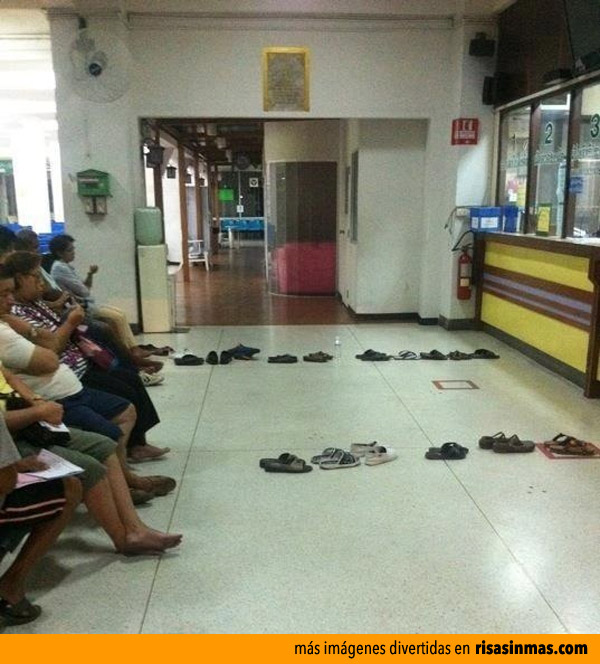 Esperando tu turno cómodamente sentado