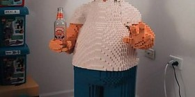 Homer Simpson hecho con LEGO