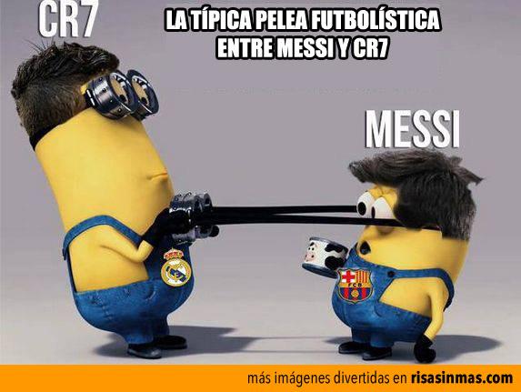 La típica pelea futbolística entre Messi y Cr7