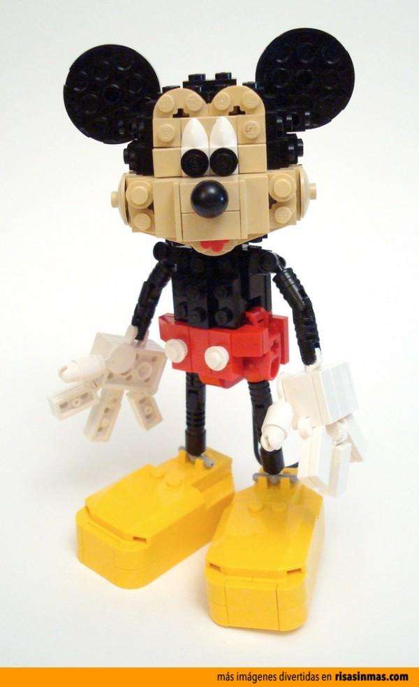 Mickey Mouse hecho con LEGO
