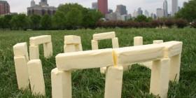 Stonehenge hecho con trozos de mantequilla