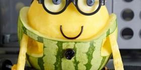 Un Minion hecho con un melón