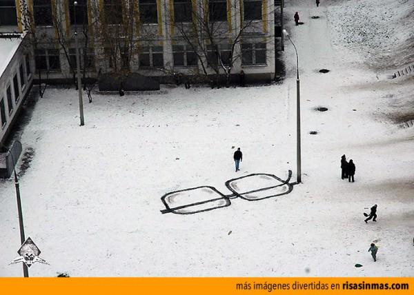 Arte callejero con una farola