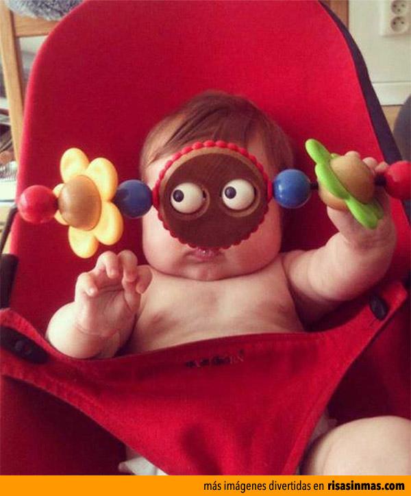 Bebé de ojos saltones