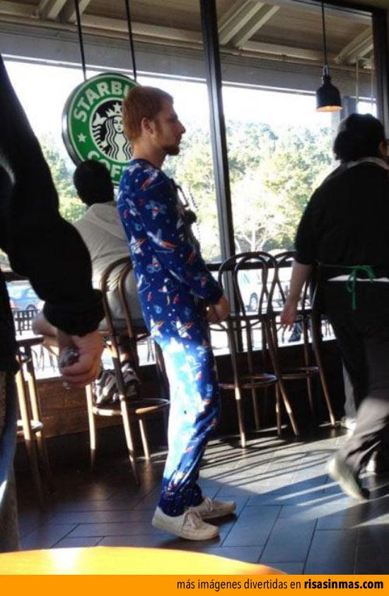 Hipsters en el Starbucks que se pasan