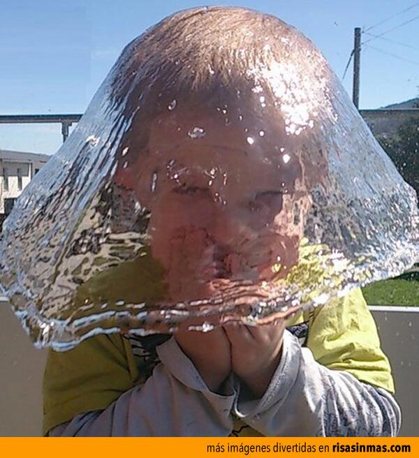 Instante preciso: un sombrero de agua