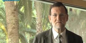 Mariano Rajoy canta